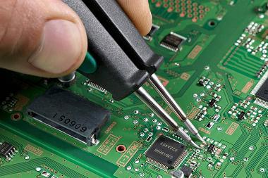 Remont promyshlennoj elektroniki